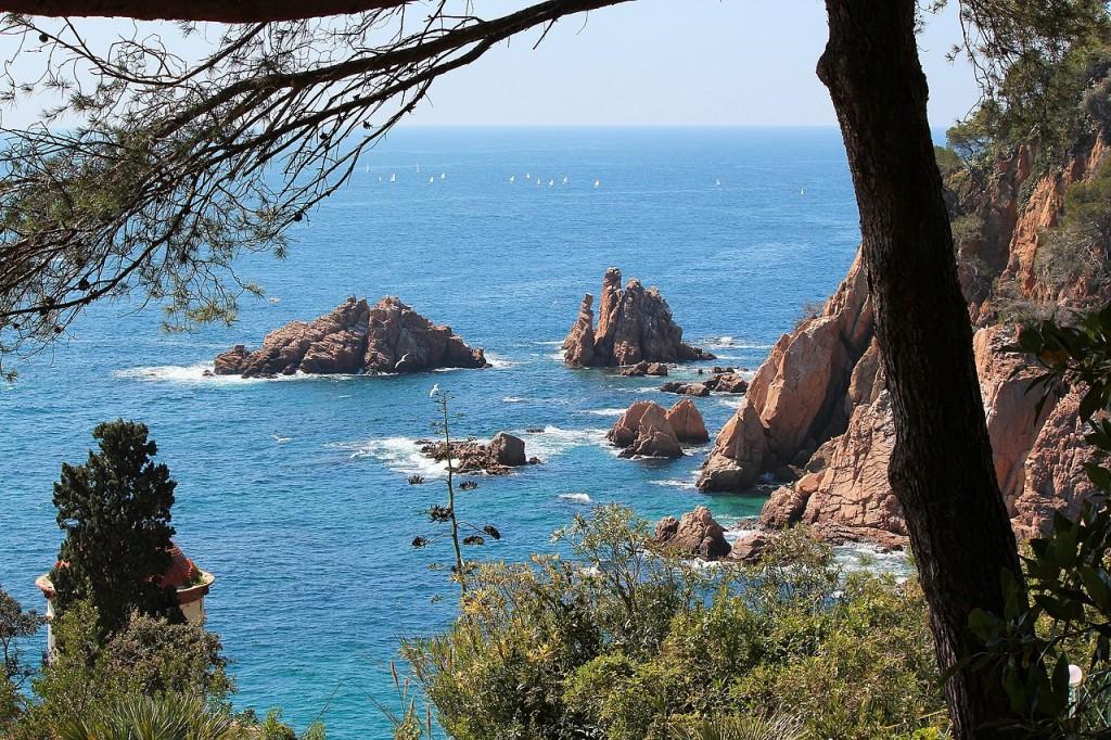 1280px-DESDE_EL_JARDIN_BOTÁNICO,BLANES,_COSTA_BRAVA_-_panoramio